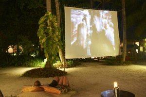 Кіно на пляжі