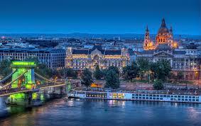 Як дістатися до Будапешта на автобусі і поїзді