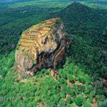 Що можна побачити на Шрі-Ланці? Сігрія, Національний парк Кумана, водоспад Бамбараканда