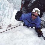 Сліпий альпініст підкорив Еверест. А потім ще шість найвищих вершин континентів