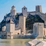 Топ-5 старовинних замків і фортець Сербії