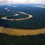 Чому через Амазонку немає мостів